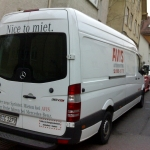 "Explanation for non-speakers of German: ""Miet"" means hire"